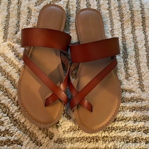 American Eagle sandals NWT size 8